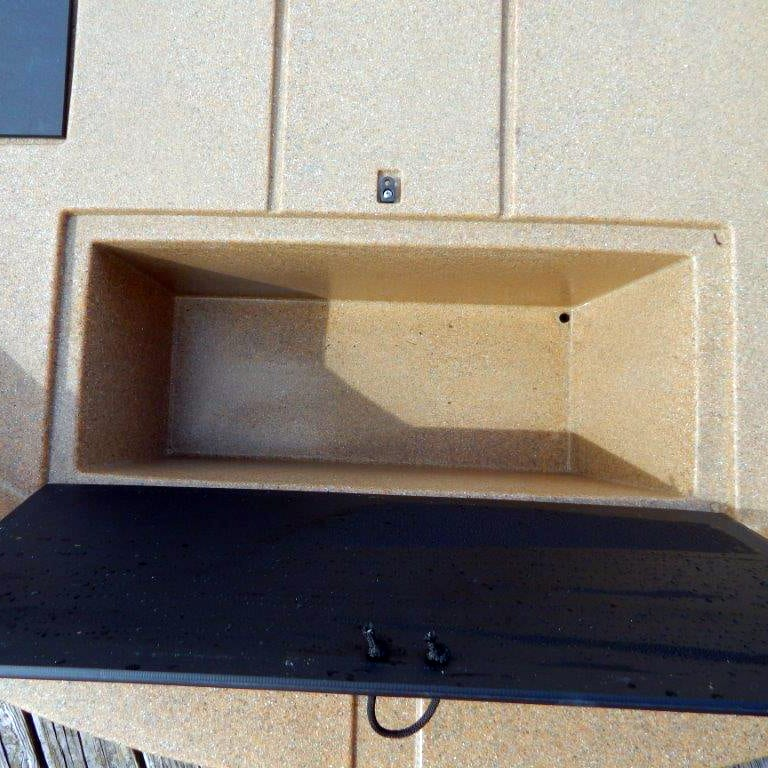roundabout sport rwc storage compartment view