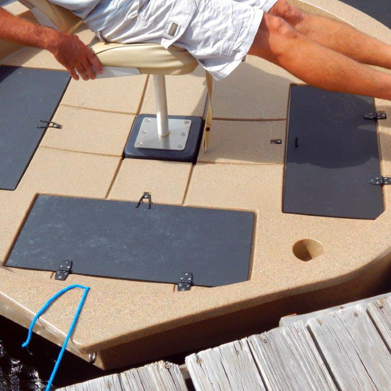 roundabout watercrafts seat base remaining fixed under pressure